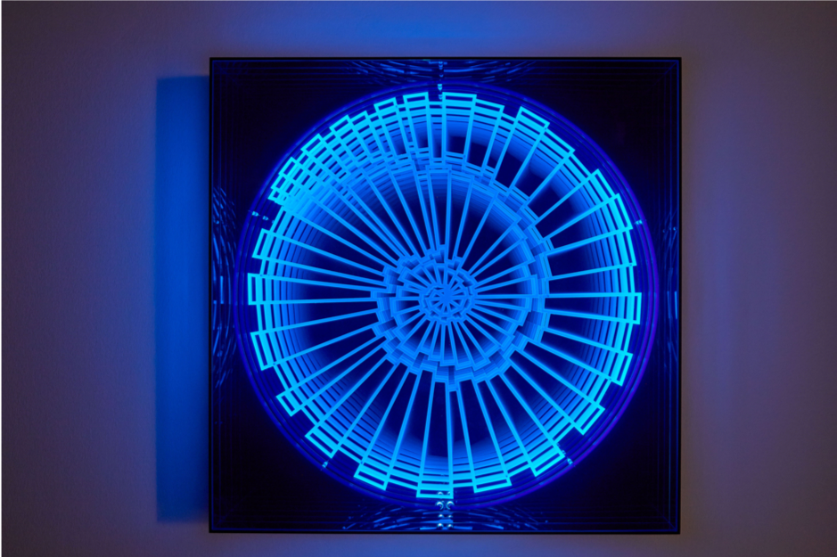 Patrick-heide-hans-kotter-black-light
